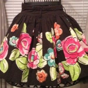 Childrens place size 8 gorgeous skirt